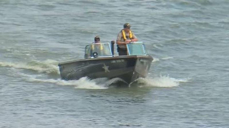 FILE — A group of students from Mankato was rescued from the Minnesota River after their canoes...