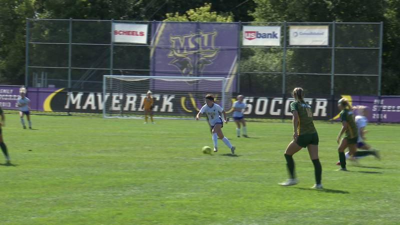 Allie Williams netted the winner in the 92nd minute.