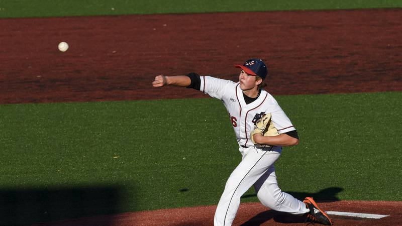 Blake Reilly (26) throws a pitch during the season opener against the La Crosse Loggers,...