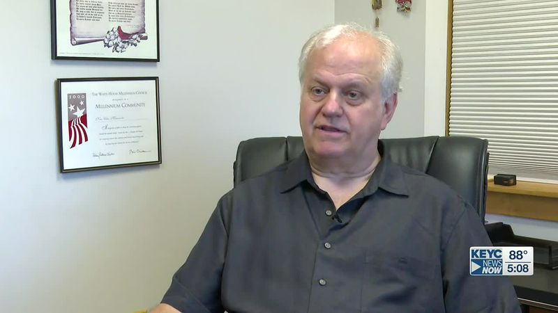 Terry Sveine sworn in as New Ulm's new mayor